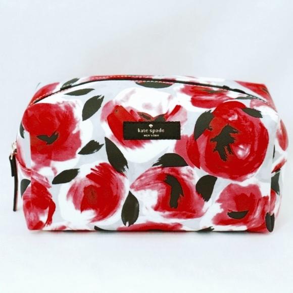 8f8f3da04112 kate spade Handbags - KATE SPADE~medium davie shore~LARGE COSMETIC BAG